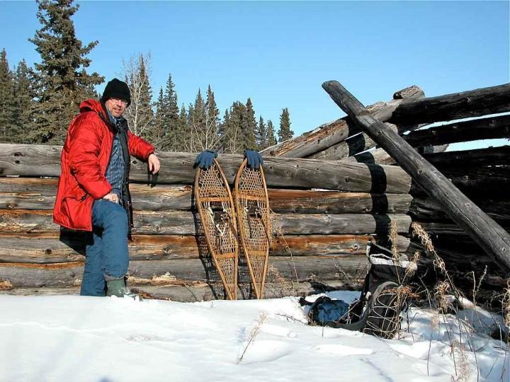 Yukon Territory - Wie man ein Loch ins Eis bohrt - Kanadas Norden - out-of-canada.olehelmhausen.de - 3