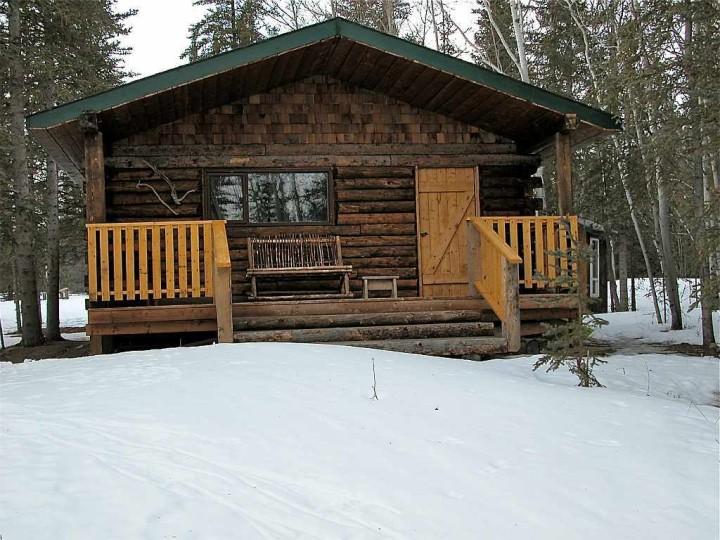 Yukon Territory - Wie man ein Loch ins Eis bohrt - Kanadas Norden - out-of-canada.olehelmhausen.de - 4