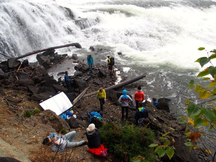 Dawson Falls: Photoshoot im dichten Sprühregen.