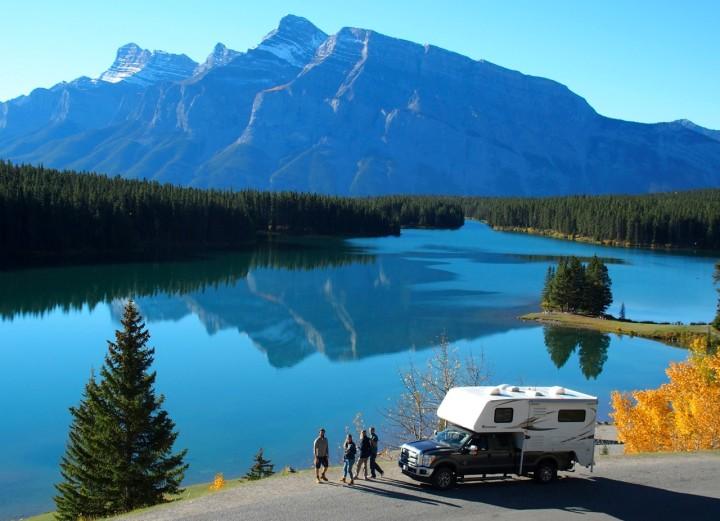 Two-Jack-Lake, Banff National Park: Am letzten Tag verwöhnte uns Mutter Natur noch einmal mit den herrlichsten Farben.